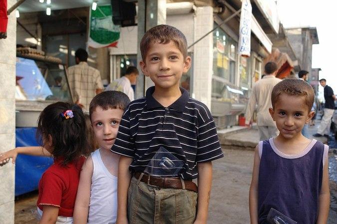 1024px-Kurdish_Boys_Diyarbakir